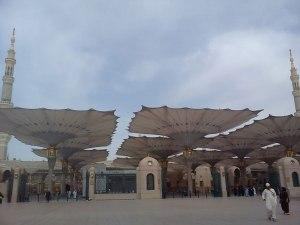 Masjid_Nabvi_Umbrella_64